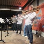 Palya Beával és Mókussal ünnepel a Four Bones Quartet