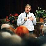 """A DK szolidaritást vállal az MSZP-vel az """"átmeneti"""" törvény ügyében"""