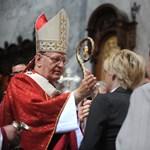Erdő Pétert esélyesnek tartják a pápai posztra