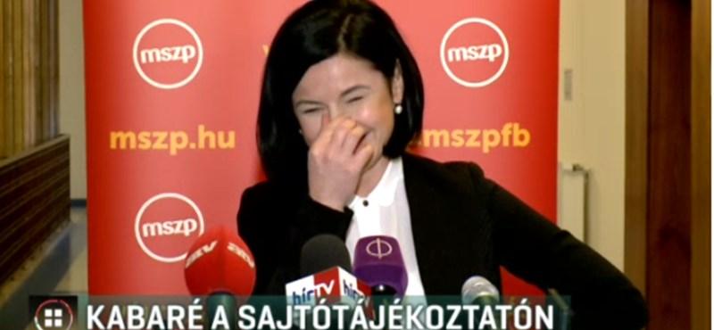 Még rejtély, miért nevette szét a sajtótájékoztatóját Kunhalmi Ágnes – videó