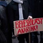Itt vannak a követelések: ezért tüntetnek az ELTE-n az egyetemisták