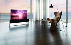 26 millióba kerül az LG új tévéje – cserébe feltekerhető