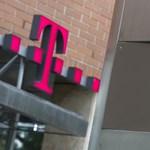 Újít a Telekom, nem papíron kell majd aláírnia