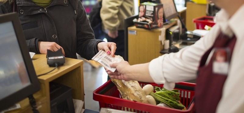 Egyre többet vásárolnak a magyarok, még nem érzik a válság előszelét