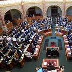 A szibériai időjós esete a magyar ellenzékkel