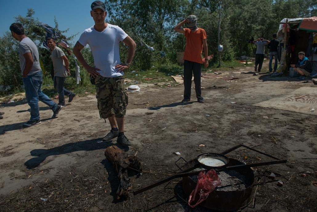 Menekültek, Szabadka, illegális határátlépés