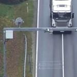 Videó: Ilyen egyszerűen játsszák ki a százezres bírságokat a teherautósok?