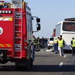 Rendőröket szállított az M5-ösön halálos balesetet szenvedett busz