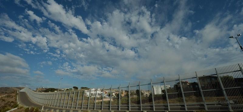 Összeégett holttesteket találtak az amerikai határ közelében