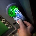 Inkább a neten aktívak a bankkártyacsalók