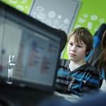 Ha már a magyar iskolákból kimarad, inkább töltse le: Minecraft játékon tanulható a programozás
