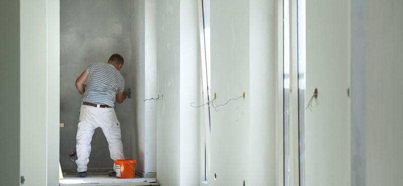 Itt az alja, nincs olyan építőipari cég, ahol ne lenne szakmunkáshiány