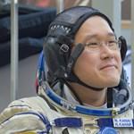 Megijedt az űrhajós, mert 3 hét alatt 9 centit nőtt – aztán megmérte magát újra