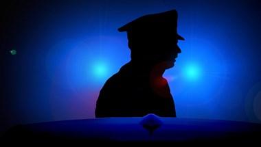 Megölte anyját és nevelőapját egy férfi Budapesten, majd betelefonált a rendőrségre