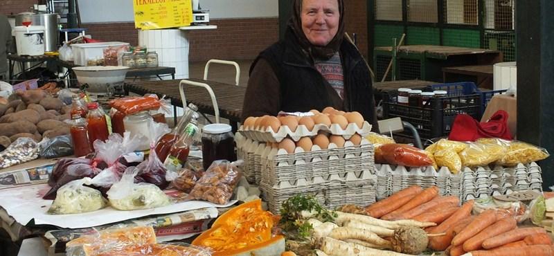 Boltzár: idegbaj a hiperekben, piacra mennek a vevők