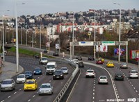 Négyes karambol volt a Budaörsi úton