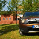 Dacia Duster teszt: ne tessék tolakodni, nem jut mindenkinek!