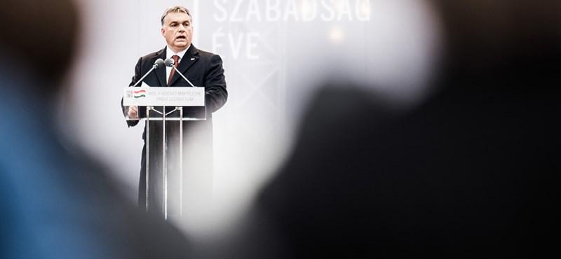 Magyarország a demokrácia és a diktatúra közötti szürke zónában van