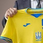 Maradhat a Krím az ukrán mezen, egy szlogent azonban el kell tüntetni róla
