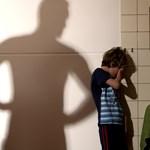 Agyonhallgatott rémtettek: ki követi nyomon a diákját zaklató tanárt?