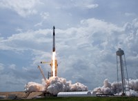 Nem tréfa: dogecoinnal fizették ki a SpaceX-et, hogy elmenjen a Holdig