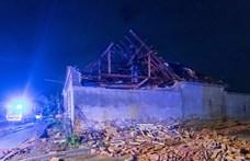 Hatalmas tornádó pusztított a cseh–szlovák határon