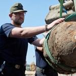 Hatástalanították a berlini főpályaudvarnál talált 500 kilós légibombát – fotó