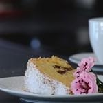 Szuper helyek Budapesten, ahol kedvezményesen ebédelhettek és sütizhettek