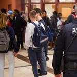 Több iskolarendőr, rosszabb érettségi? Nehogy már ebben kövessük Amerikát!