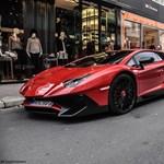 Hoppá: valaki már gyötri a brutális Lamborghini Aventadort