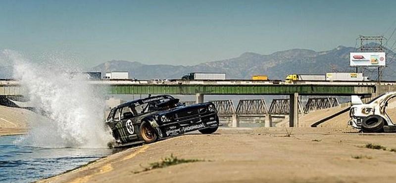 Ken Blocktól akart autót venni Hamilton, de hoppon maradt