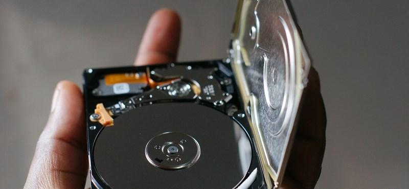 Kínaiak vad felvásárlásba kezdtek, hiány és drágulás jön merevlemezből és SSD-ből