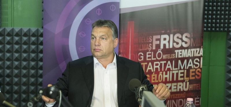 Orbán: Kellett a zárolás, de nem áll le a stadionépítés