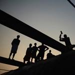A munkások miatt birkóznak a szállásadók a NAV-val