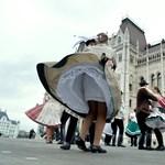 Magyarország jelképét kivehetik a kínálatból az utazási irodák