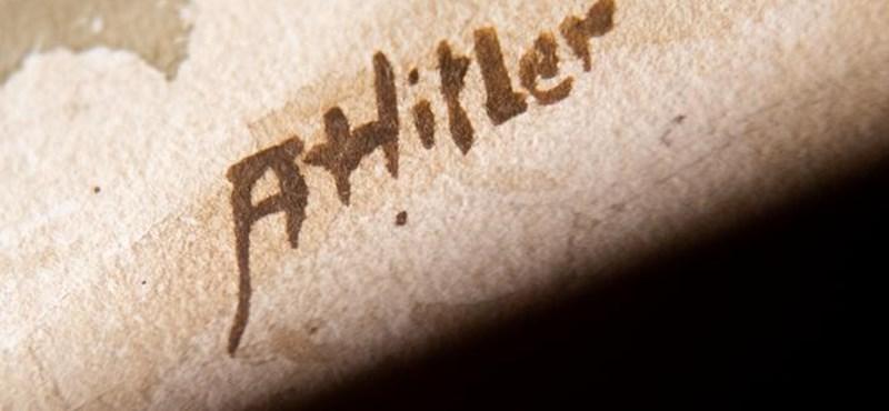 12,3 millió forintért keltek el Hitler jegyzetei