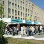 Magyar támogatással kapott sportpályát a határon túli magyar egyetem