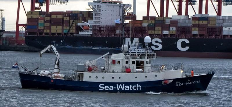 Őrizetbe vették a Sea-Watch menekülthajó kapitányát