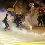 Újra akcióban a hongkongi rendőrség