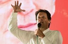 Az iszlámgyűlölő Facebook-tartalmak betiltását követeli a pakisztáni kormányfő