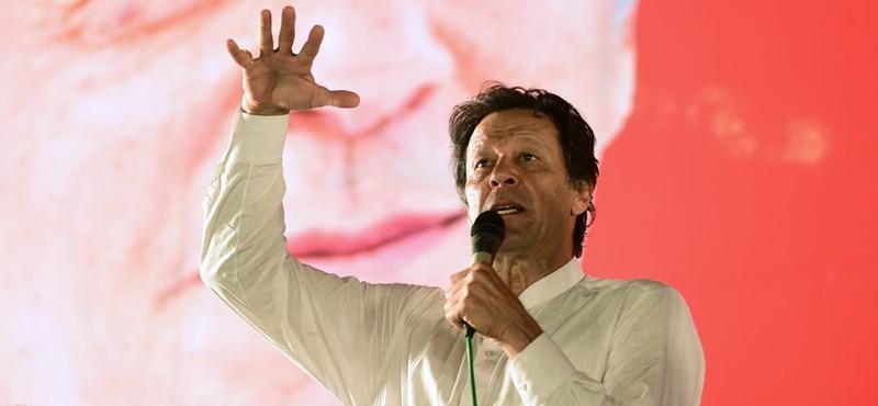 Koronavírusos a pakisztáni kormányfő