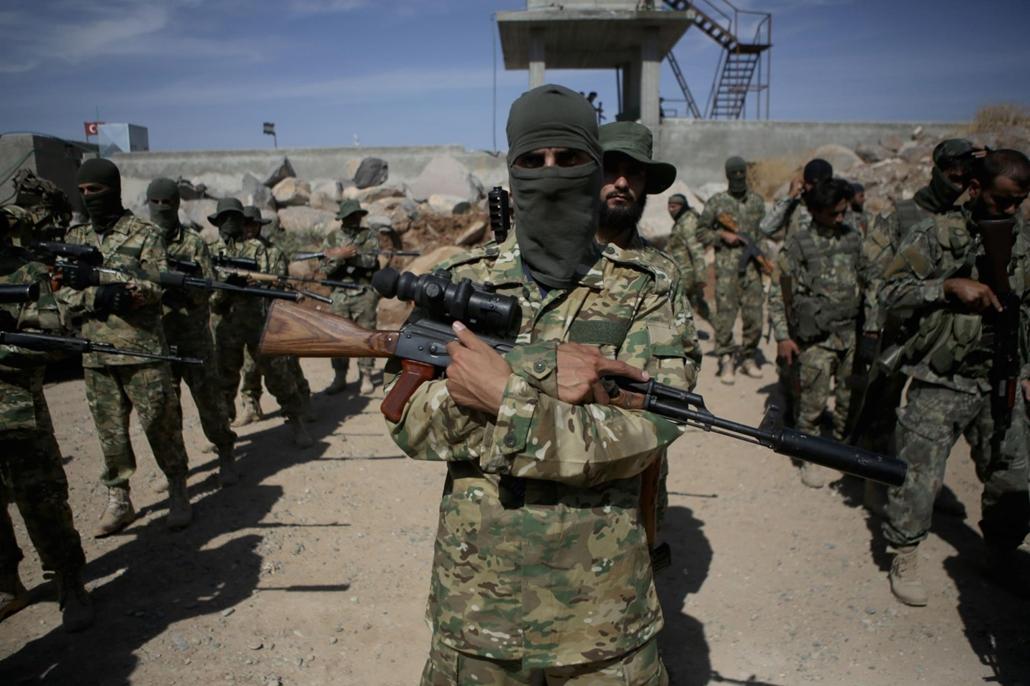 20191008004 afp.19.10.08. szíriai kurd hadsereg, Aleppo