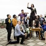 Itt az új Budapest Bár - így lehet cigányzenekarral ABBA-dalt játszani