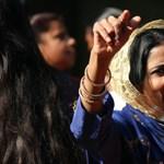 A koronavírus miatt életformát váltanának az indiai falvak, ahol eddig a prostitúcióból élnek