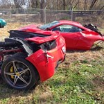 Szabályosan kettészakadt egy Ferrari 458 Italia