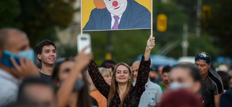 Bulgária miniszterelnöke a korrupciós vádak ellenére a helyén maradhat