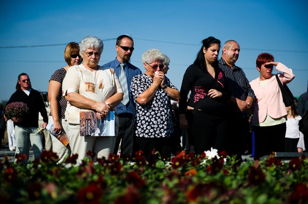 emlékfa avatás Kolontár 1 éves évforduló vörösiszap iszapkatasztrófa