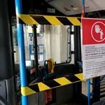 Lezárják a buszok és trolik elejét a sofőrök védelmében Budapesten