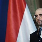 Számon kéri a kormány a Guardiant az Orbánról szóló cikk miatt