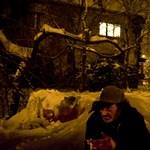Holtan találtak rá egy hajléktalanra